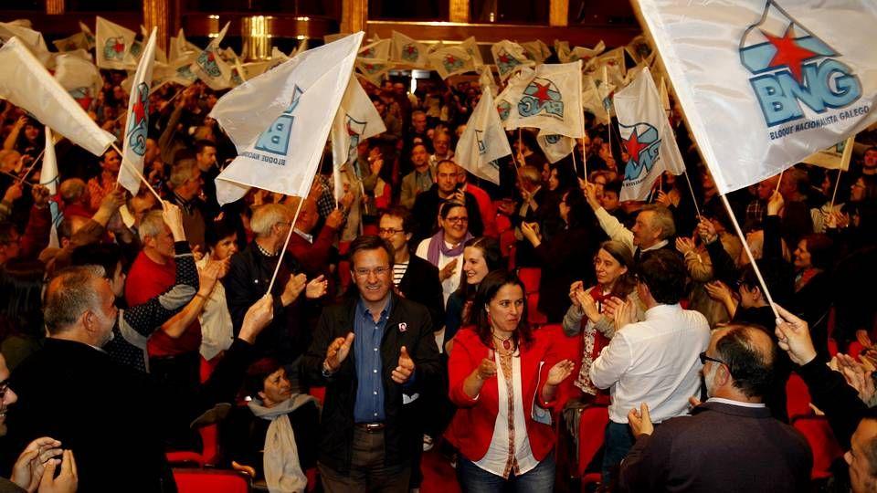 Protesta contra la banca en Pontevedra.Ana Miranda es candidata del BNG.