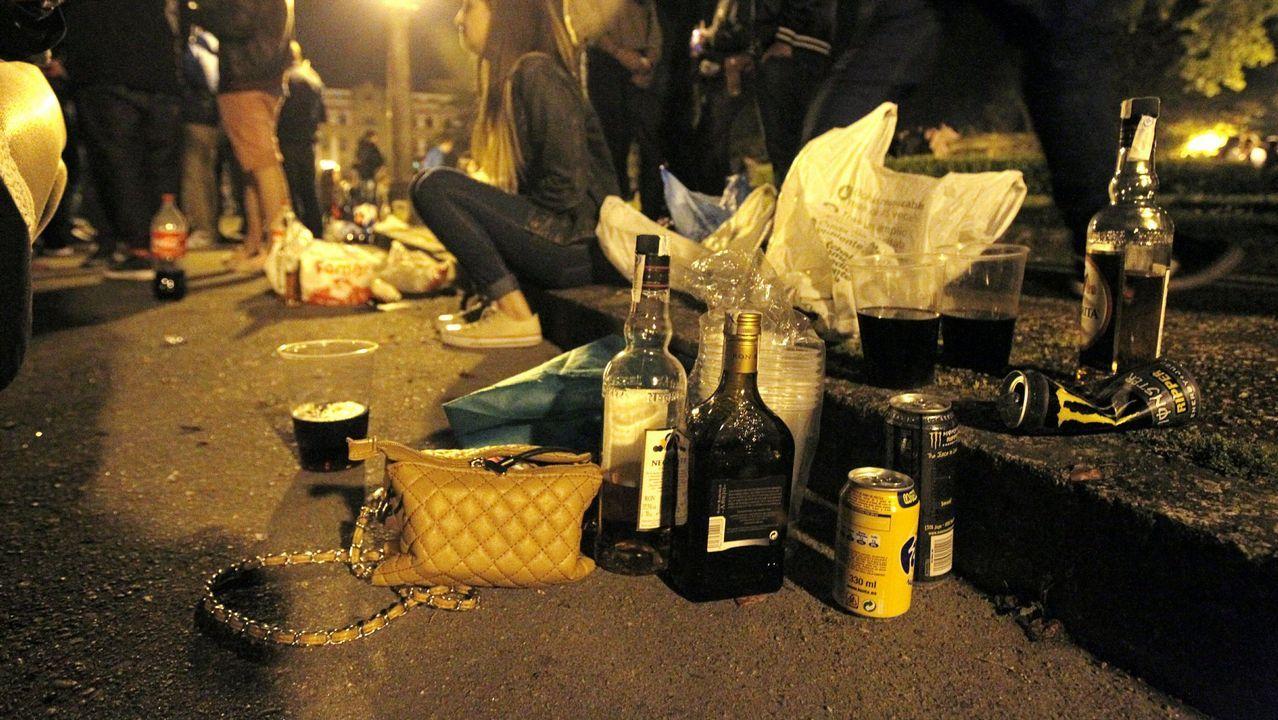 Sonia Muñoz: «Enganaba aos meus fillos, polo alcol roubeilles cartos e mentinlles moito».Policía local de Oviedo