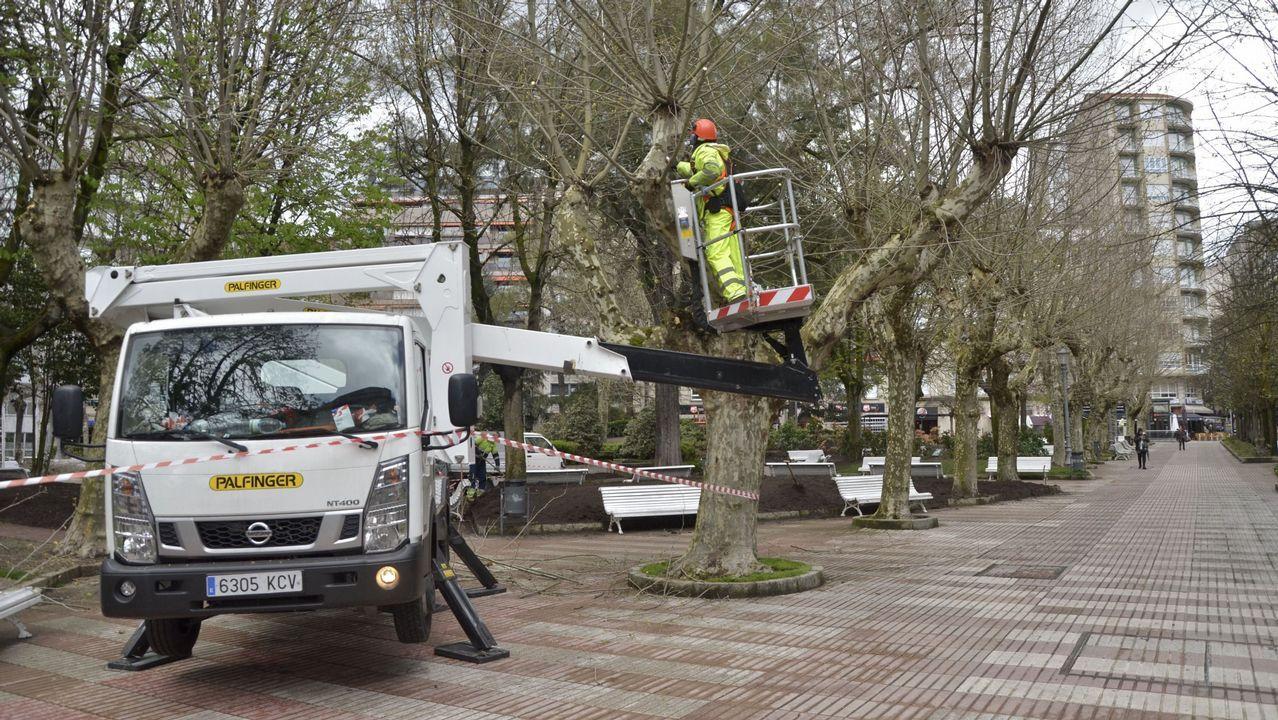 Protesta de los bomberos de Ourense por sus condiciones laborales