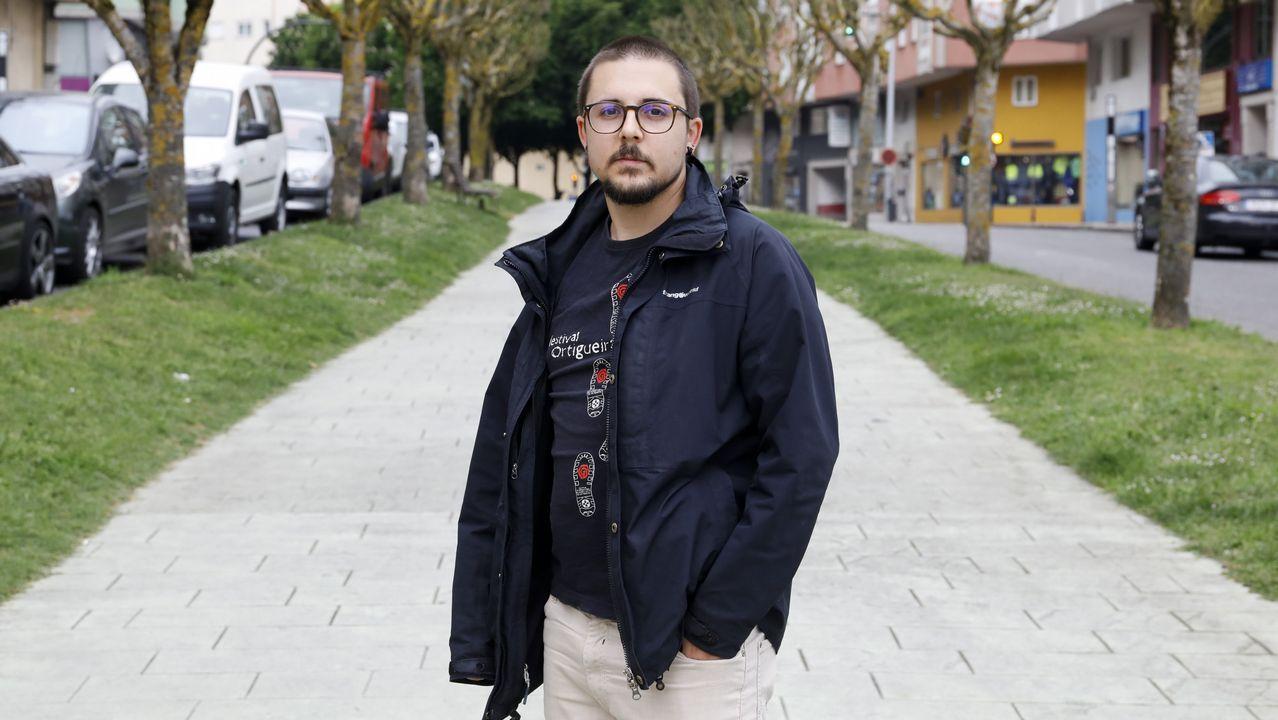 Dos estudiantes encuentran 6.000 euros en Lugo y los entregan a la Policía.