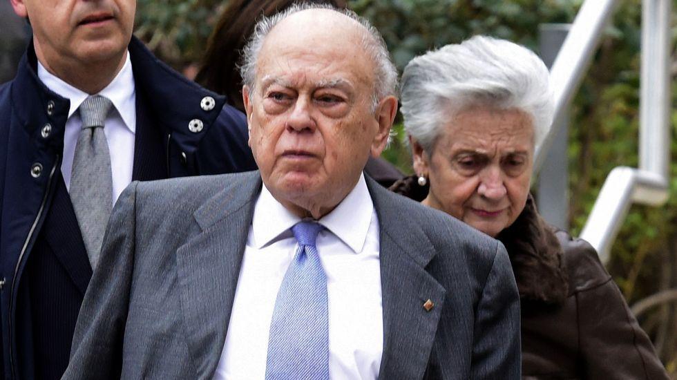 Marta Ferrusola y su lenguaje en clave para hablar con la Banca Reig.Jordi Pujol y su mujer, Marta Ferrusola