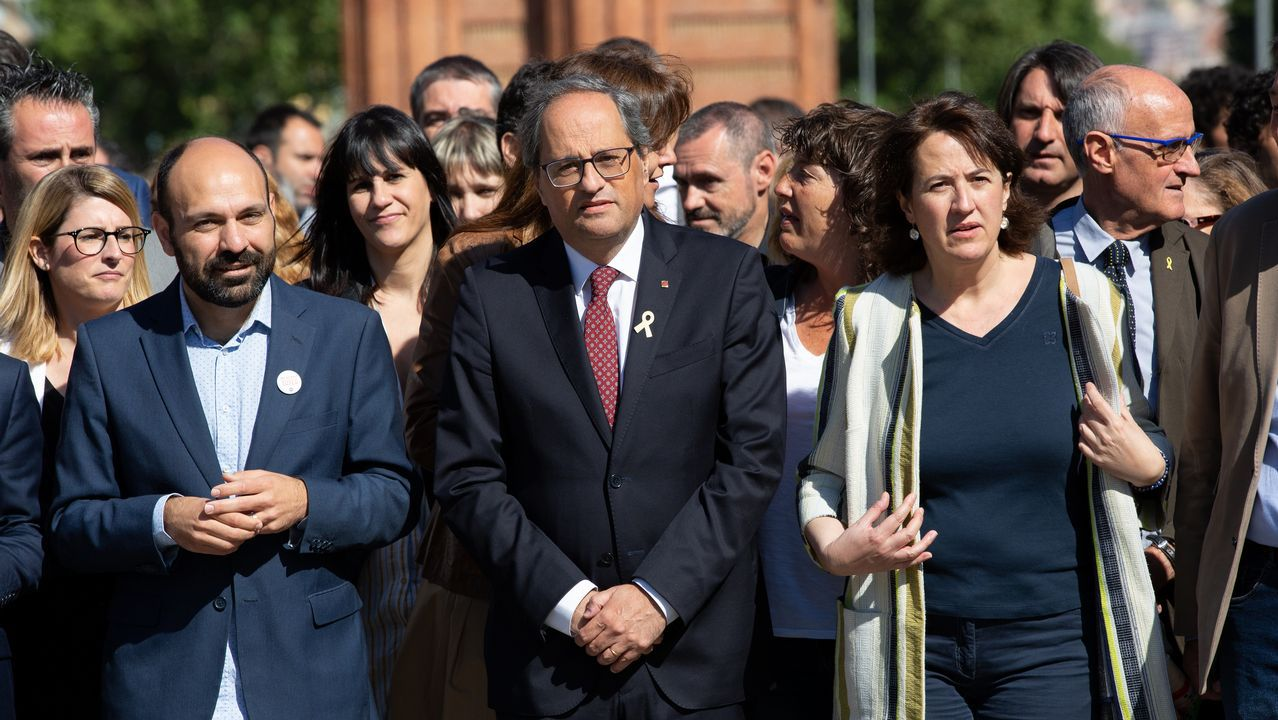 Torra entra a declarar en el Tribunal Superior de Justicia de Cataluña acompañado de representantes de partidos independentistas