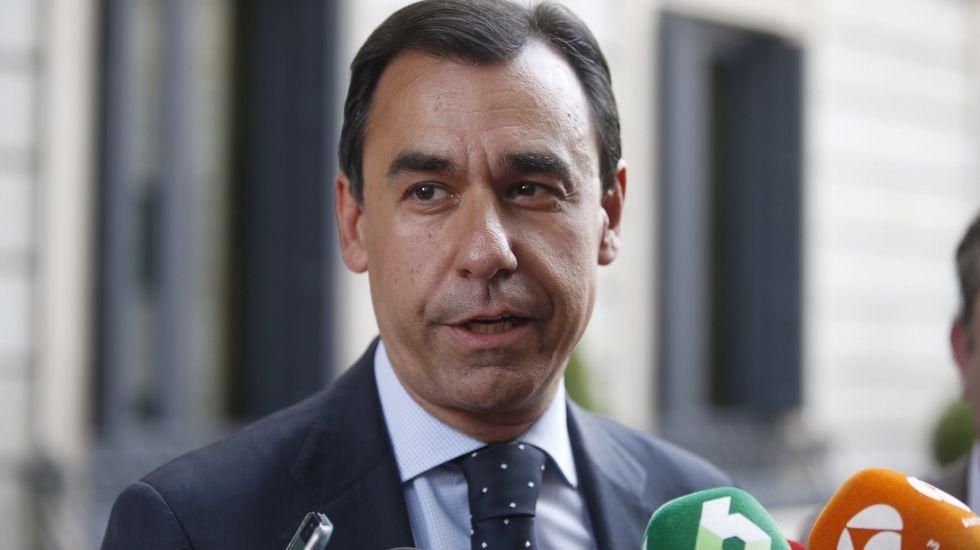 El caso Soria salpica al ministro De Guindos.De Guindos, en la reunión del Ecofin