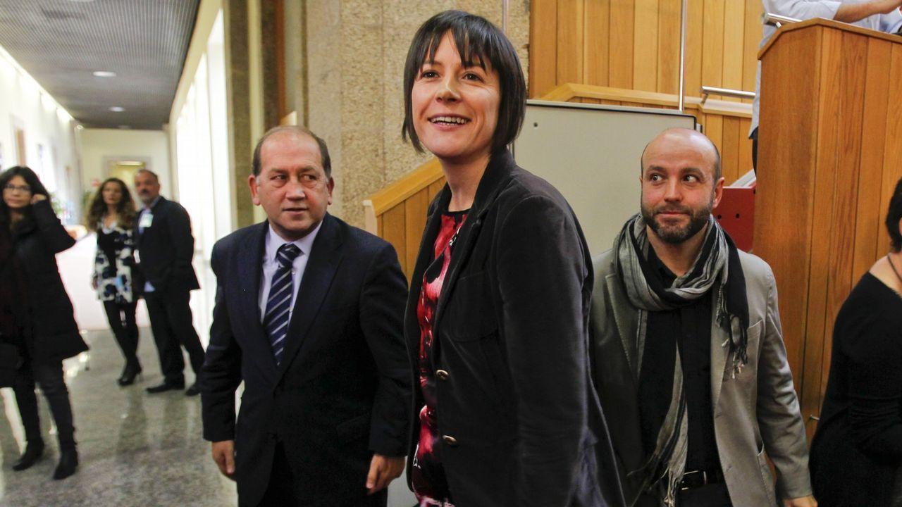 | EFE.La oposición (en la foto, Leiceaga, Pontón y Villares) pidió que comparezca el conselleiro de Sanidade en pleno y el PP lo rechazó