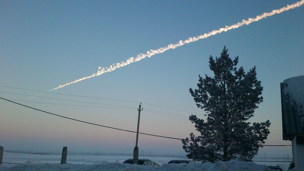 El lugar donde nunca se pone el sol.Imagen del meteorito de Chelyabinsk (Rusia) de febrero del 2013