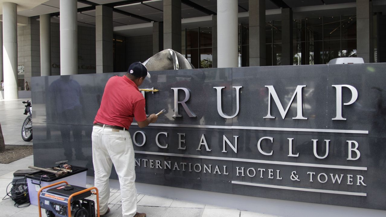 .Retirada de las letras de «Trump» de un hotel de Panamá