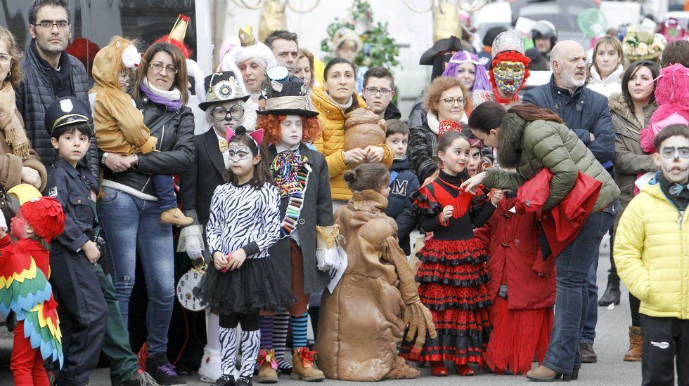 Desfile de carnaval en Outeiro de Rei