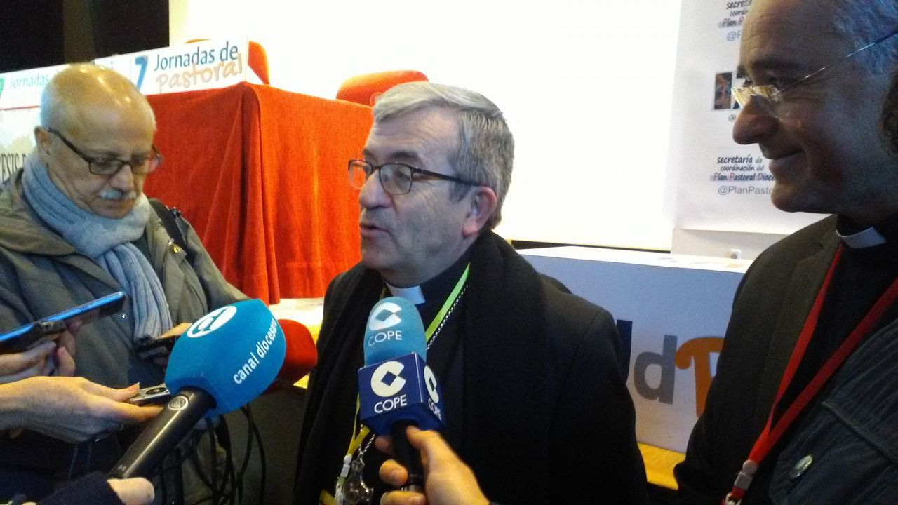 El secretario general de la Conferencia Episcopal, monseñor Luis J. Argüello