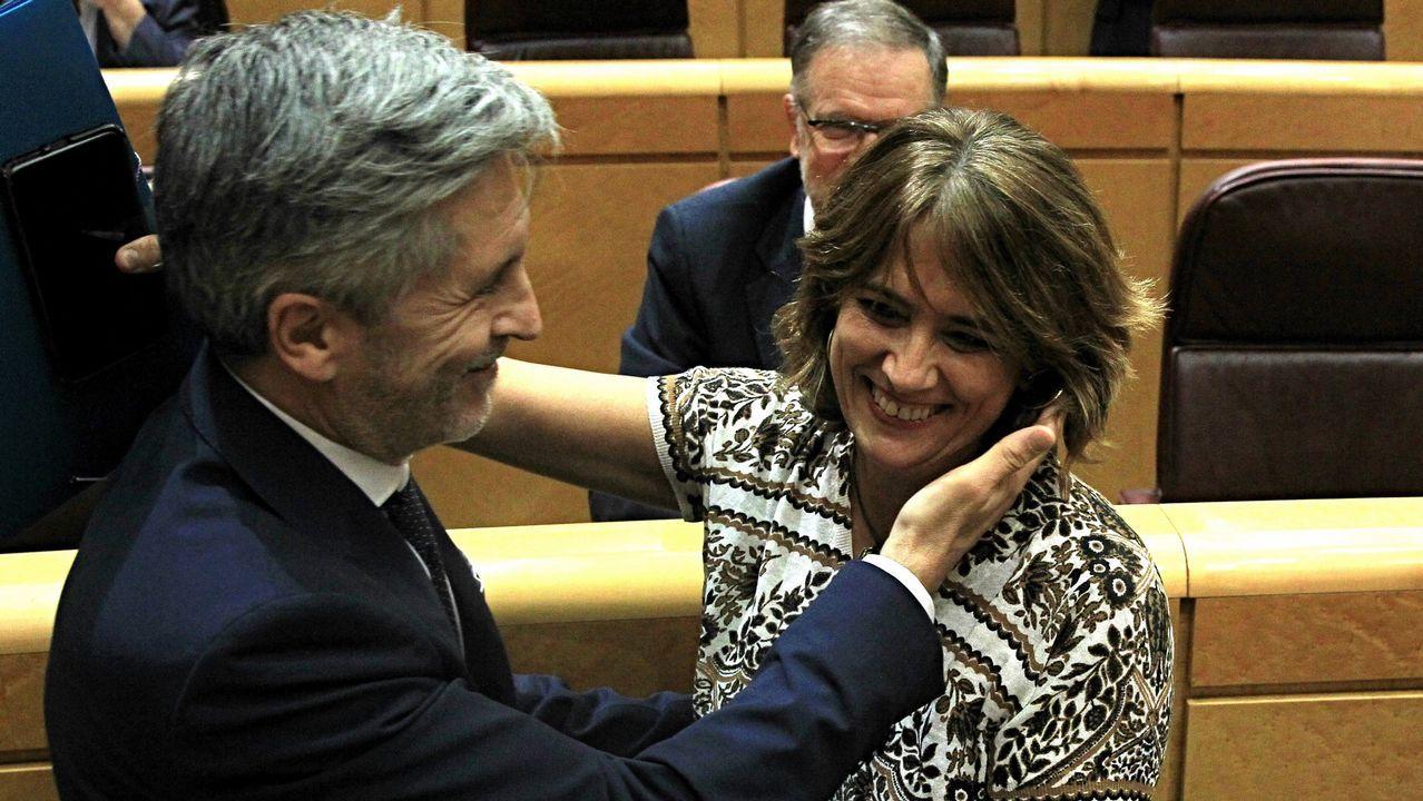 Gritos de dimisión en el Senado contra la ministra de Justicia.Carolina Bescansa y Carmen Santos, en una foto de archivo