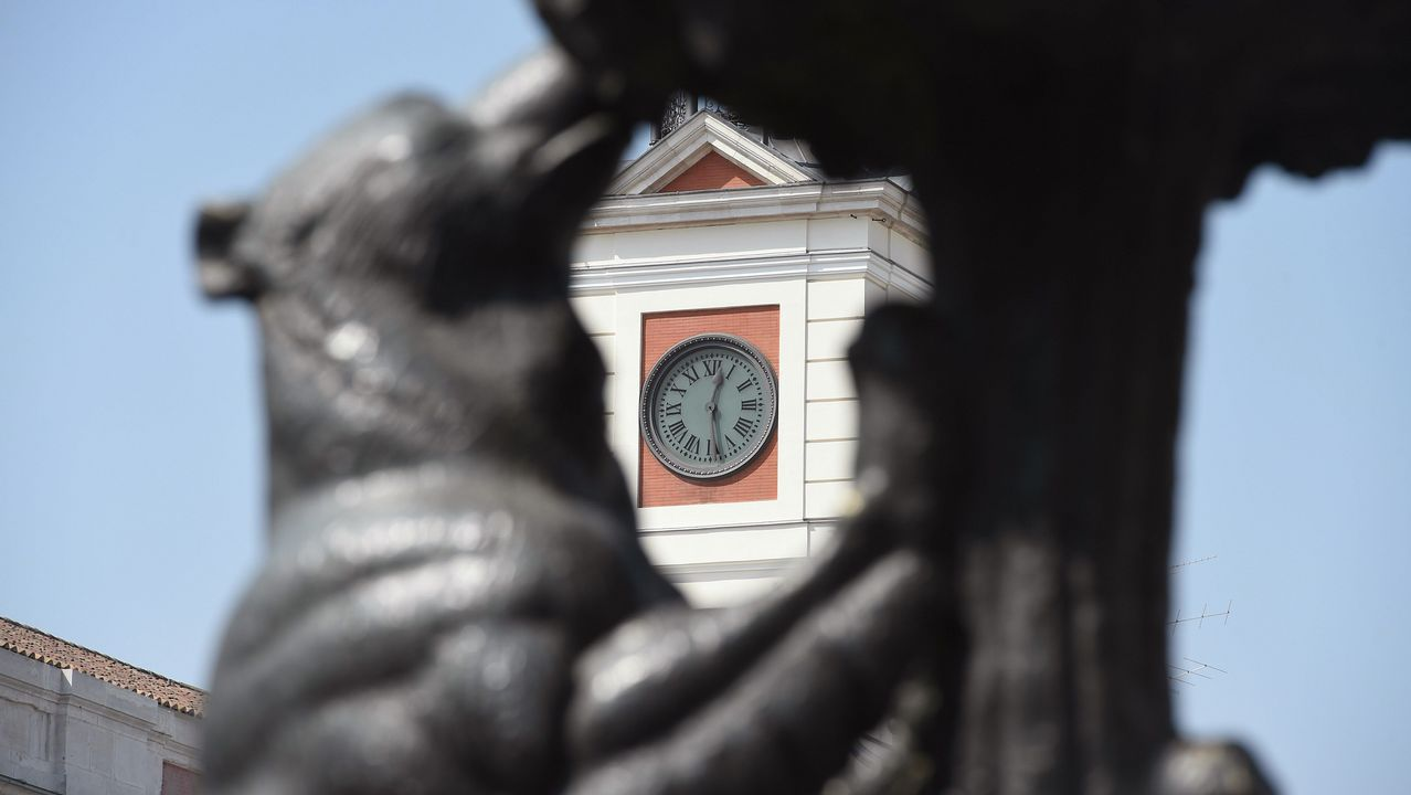 Fotografía del reloj Puerta del Sol.