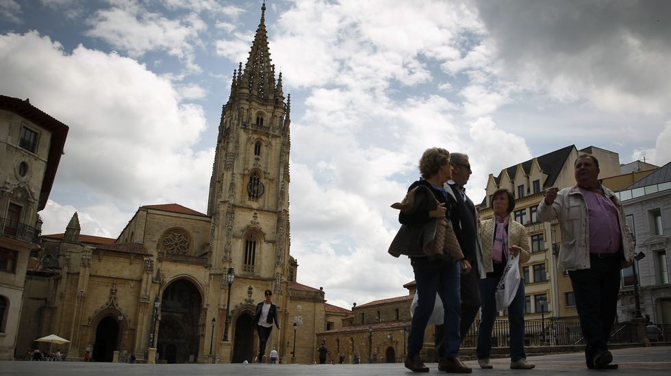 Un paseo por Pedras Miudas.La Catedral de Oviedo