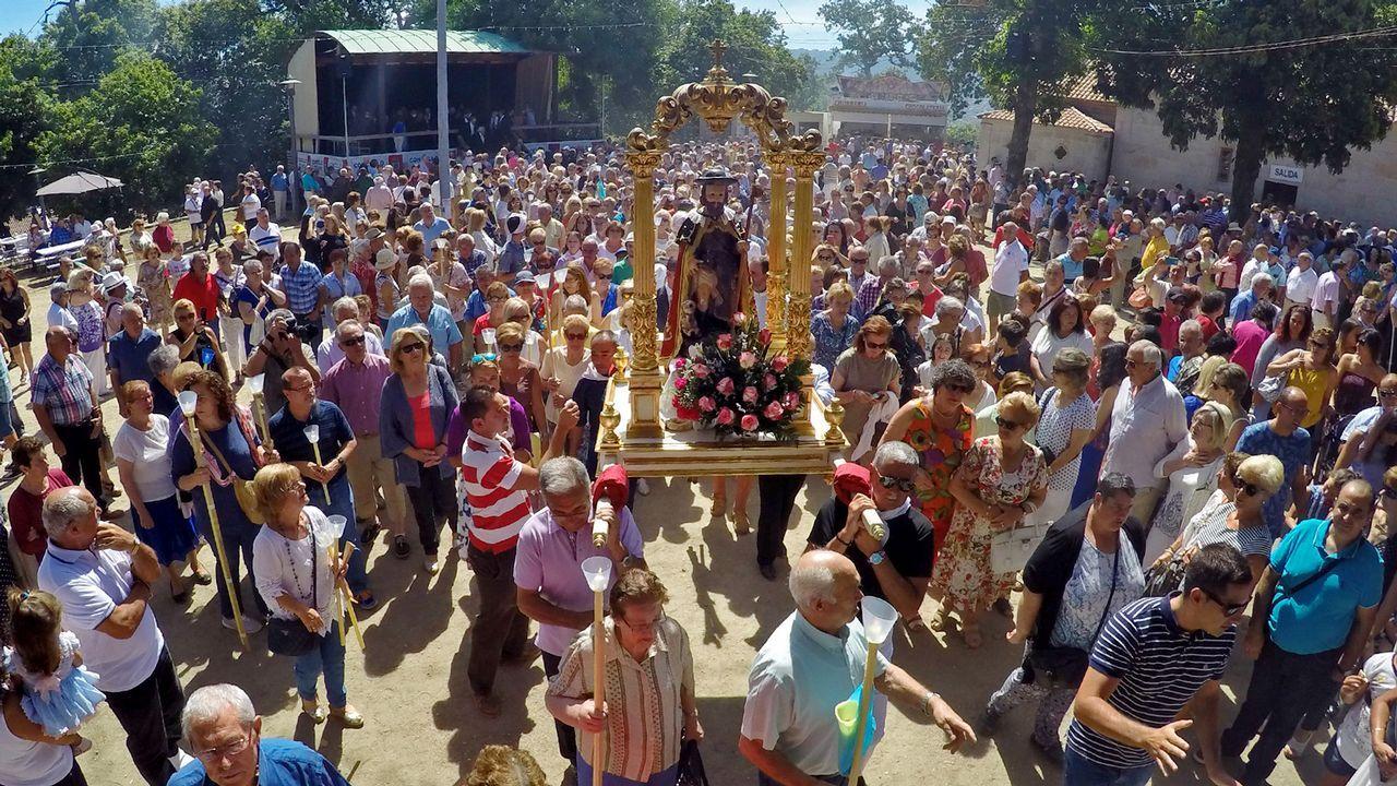 Búscate en elcarnaval de verano de Redondela