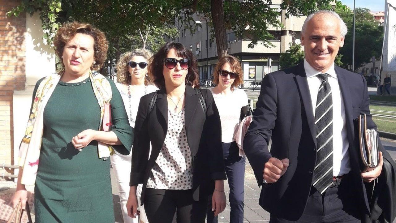 Aplazado el juicio contra Juana Rivas tras la esperpéntica renuncia de su abogado ante el tribunal.