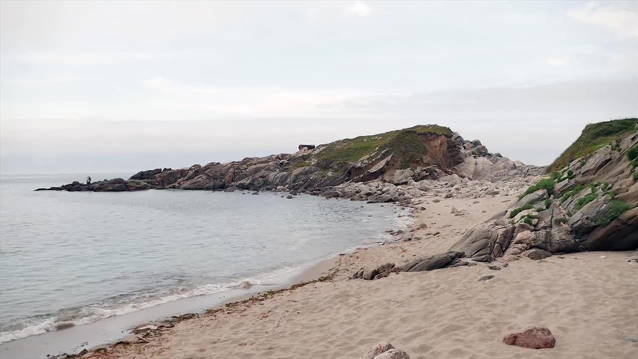 .El arenal de Portonovo se encuentra en el límite entre Viveiro y Xove