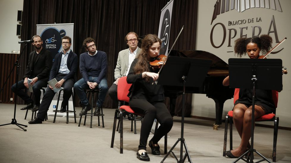 Presentan actos del 25 aniversario de la Sinfonica de Galicia