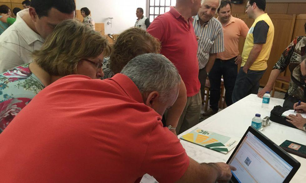 El pasado mes de junio, vecinos de Vilalba se organizaron para hacer frente al catastrazo.