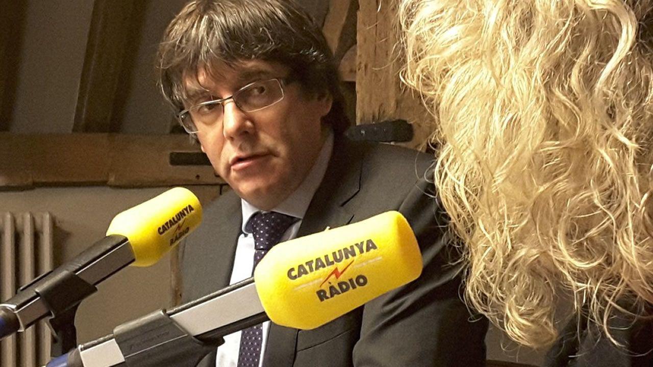 Forcadell, increpada en su llegada al Tribunal Supremo.Carles Campuzano