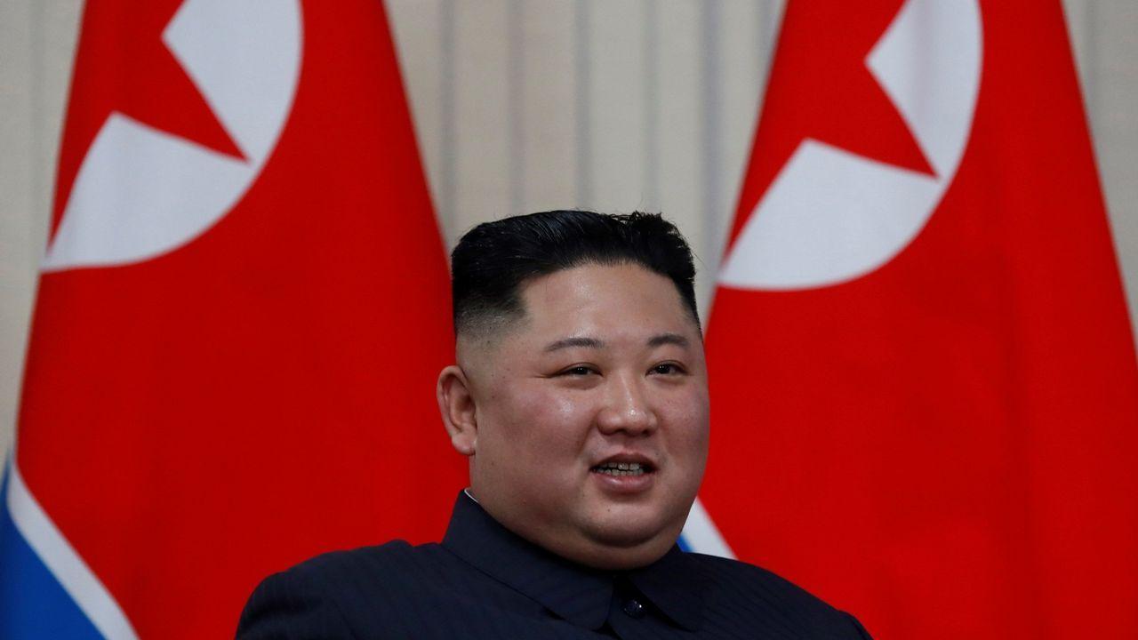 Mámoas arrasadas en Meira y en Pol.El líder norcoreano, Kim Jong-un