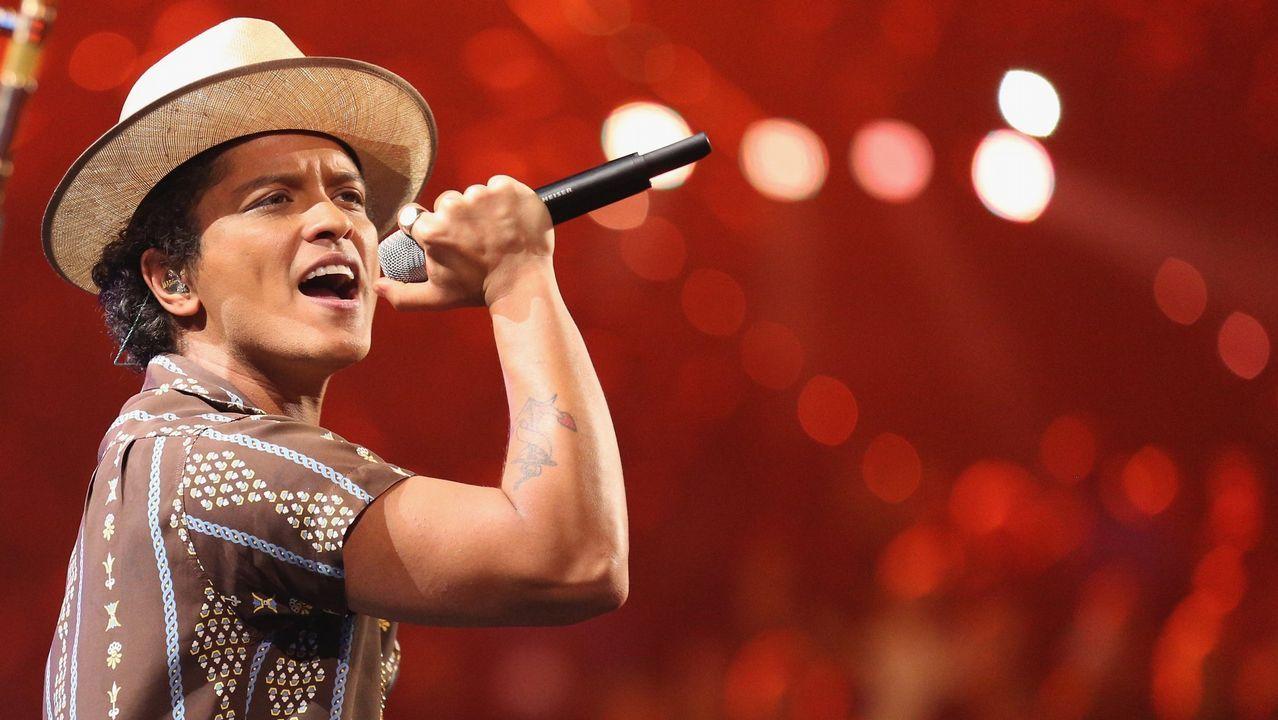 Arousa honró a sus muertos.El cantante Bruno Mars está en la programación de festivales como Pinkpop (Holanda) y Rock in Rio Lisboa (Portugal)