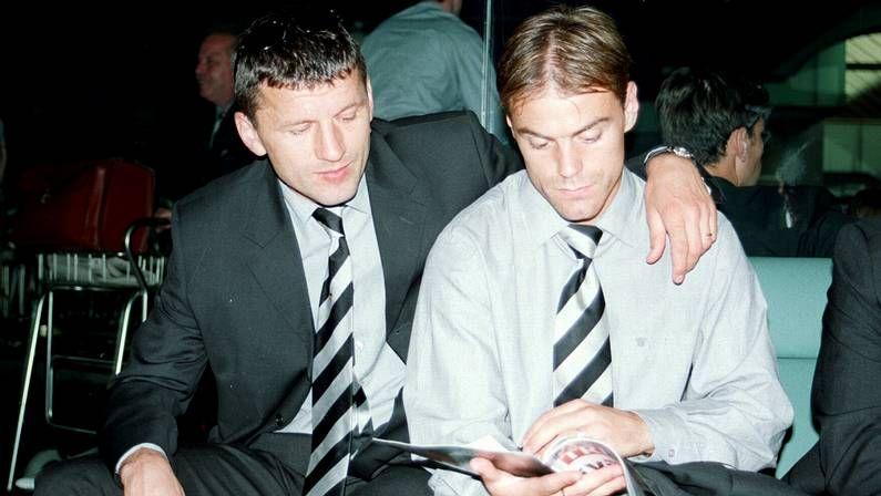 La emocionada despedida de Tata Martino.Farinós y Djukic, con el Valencia en Vigo en el 2000