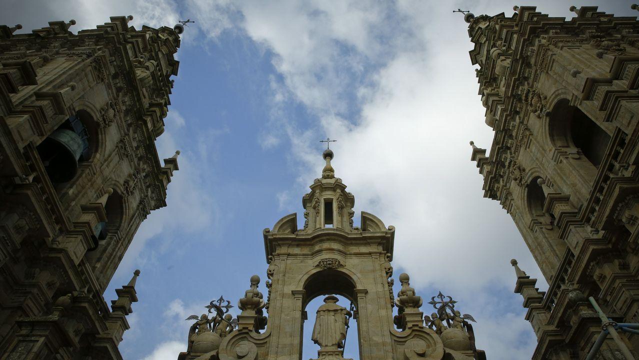 Las perspectivas de la Catedral y sus tesoros ocultos.Chocolate, a la derecha, con Eugenia Martínez de Irujo y su mascota