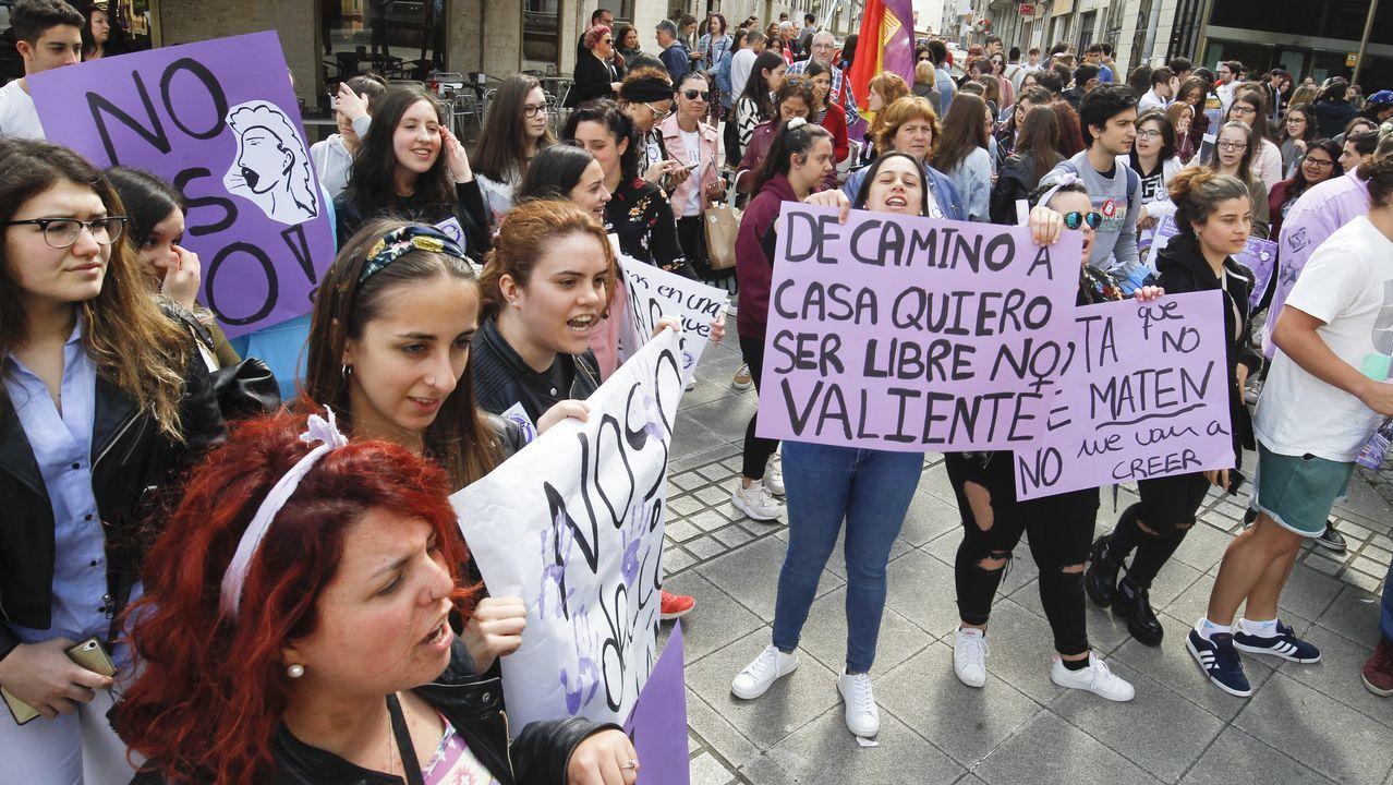 Cientos de manifestantes en Ferrol