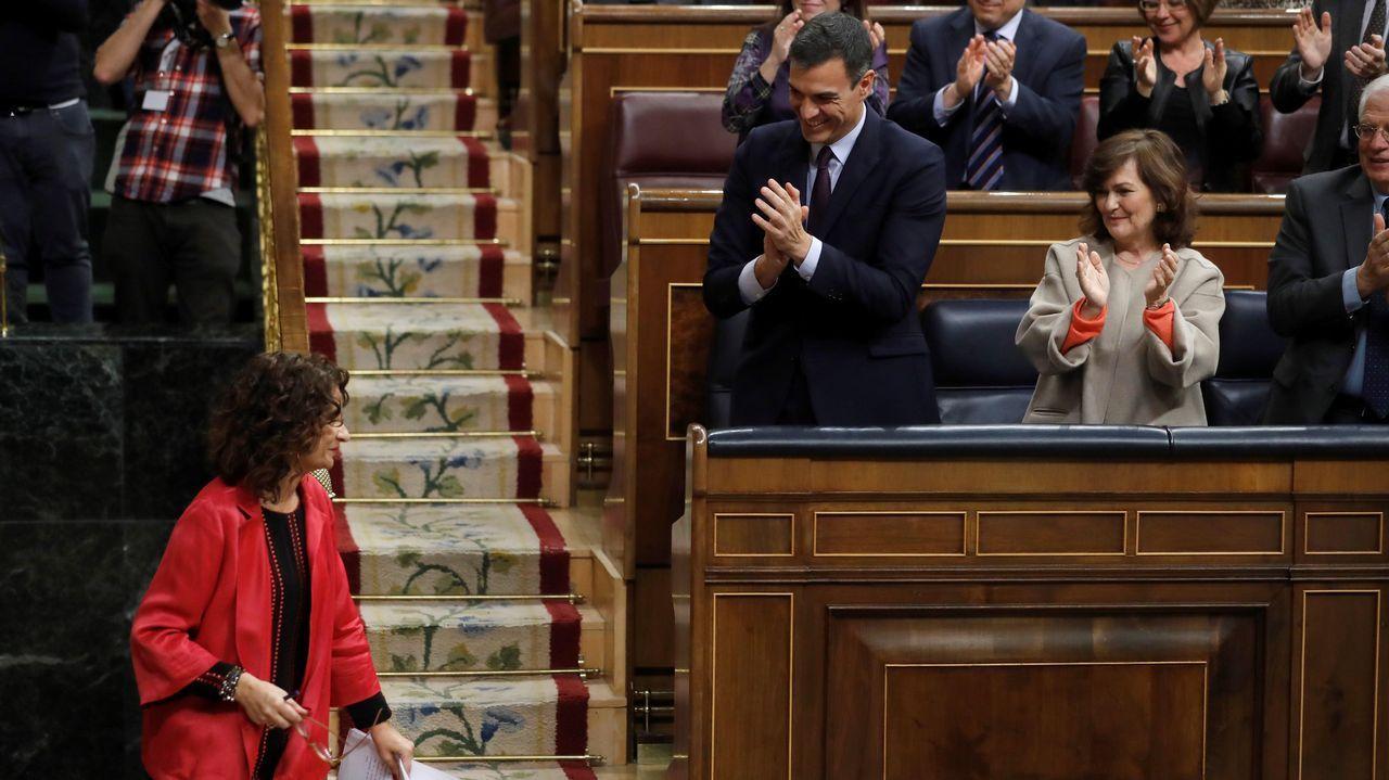 La alfombra roja de los Óscar 2019, en imágenes.La ministra Montero recibe los aplausos de la bancada socialista tras su intervención.
