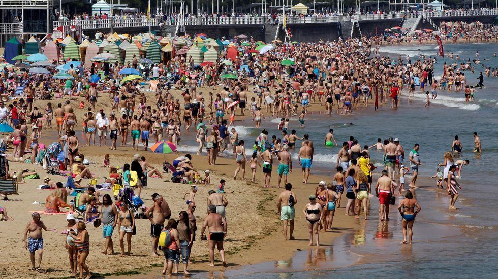 Muere de un infarto en una playa de Sanxenxo.Playa de San Lorenzo