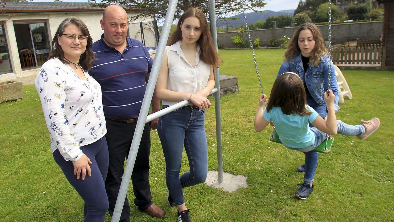 Mar, Víctor y sus dos hijas ya van por su segundo acogimiento familiar