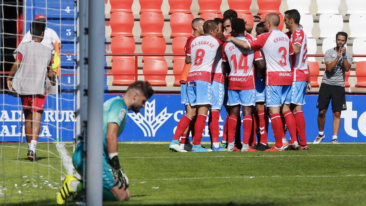 Gol Saul Berjon Javi Hernandez Ibrahima Balde Real Oviedo Osasuna Carlos Tartiere.Jugadores del Oviedo en un entrenamiento en el Carlos Tartiere