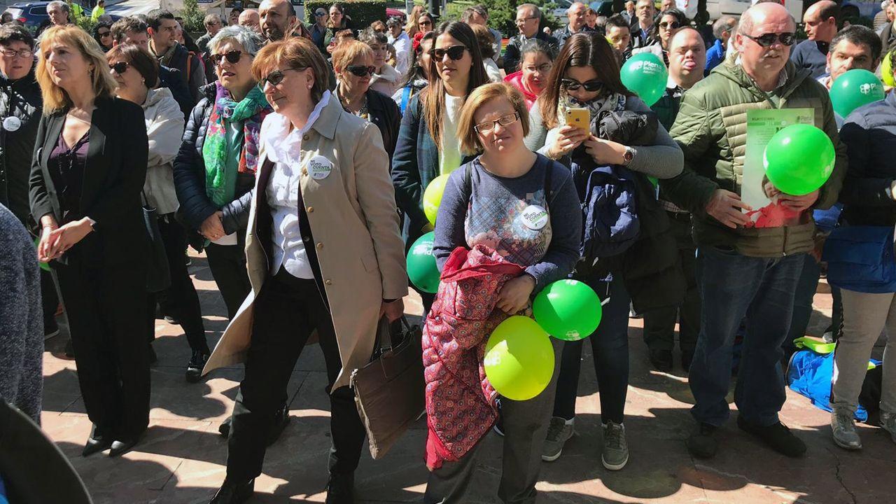 Marisa Ponga y Pilar Varela en el mitin Social de Plena Inclusión Asturias