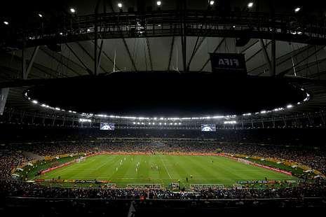 Balaídos acogió hace 13 años el último España-Brasil.Maracaná fue construido en 1950 y rehabilitado por completo para la Copa Confederaciones y el Mundial del próximo año. <span lang= es-es >afp</span>