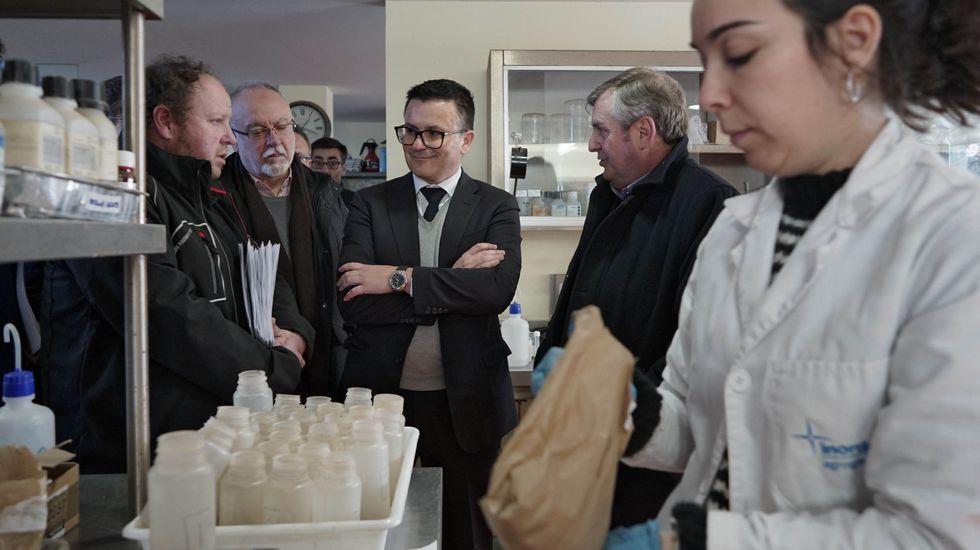 Xantar homenajeó a Pérez Canal.Las ayudas son para plantación de viñedo