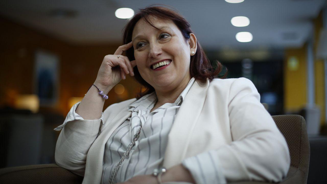 Reimplanta al límite la mano derecha de un marine.María Pardo, responsable del grupo de Obesidómica en el IDIS de Santiago