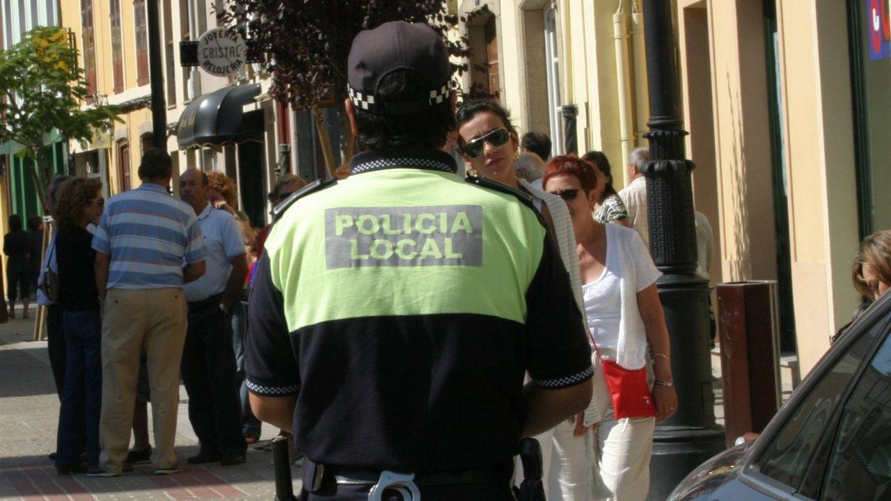 Una usuaria ha colocado un cartel pidiendo que paren los robos