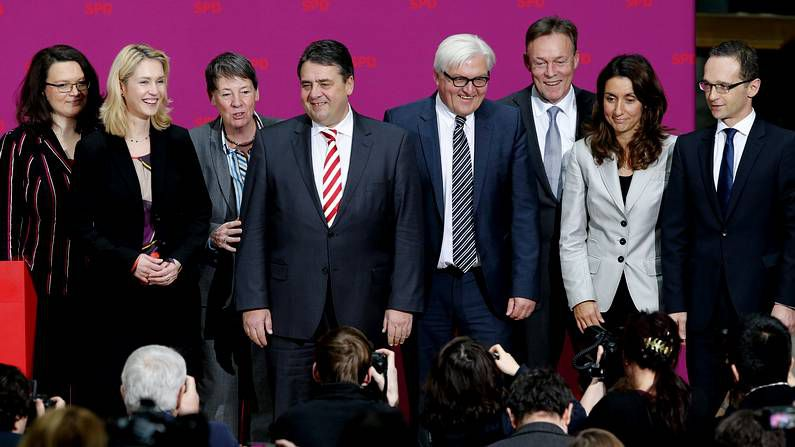Los miembros del SPD en el gobierno de Merkel
