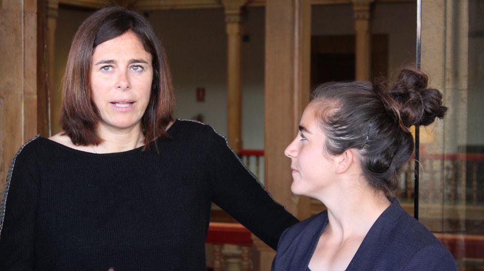Edurne Pasabán, junto a la jugadora de rugby Patricia García, en el Reconquista