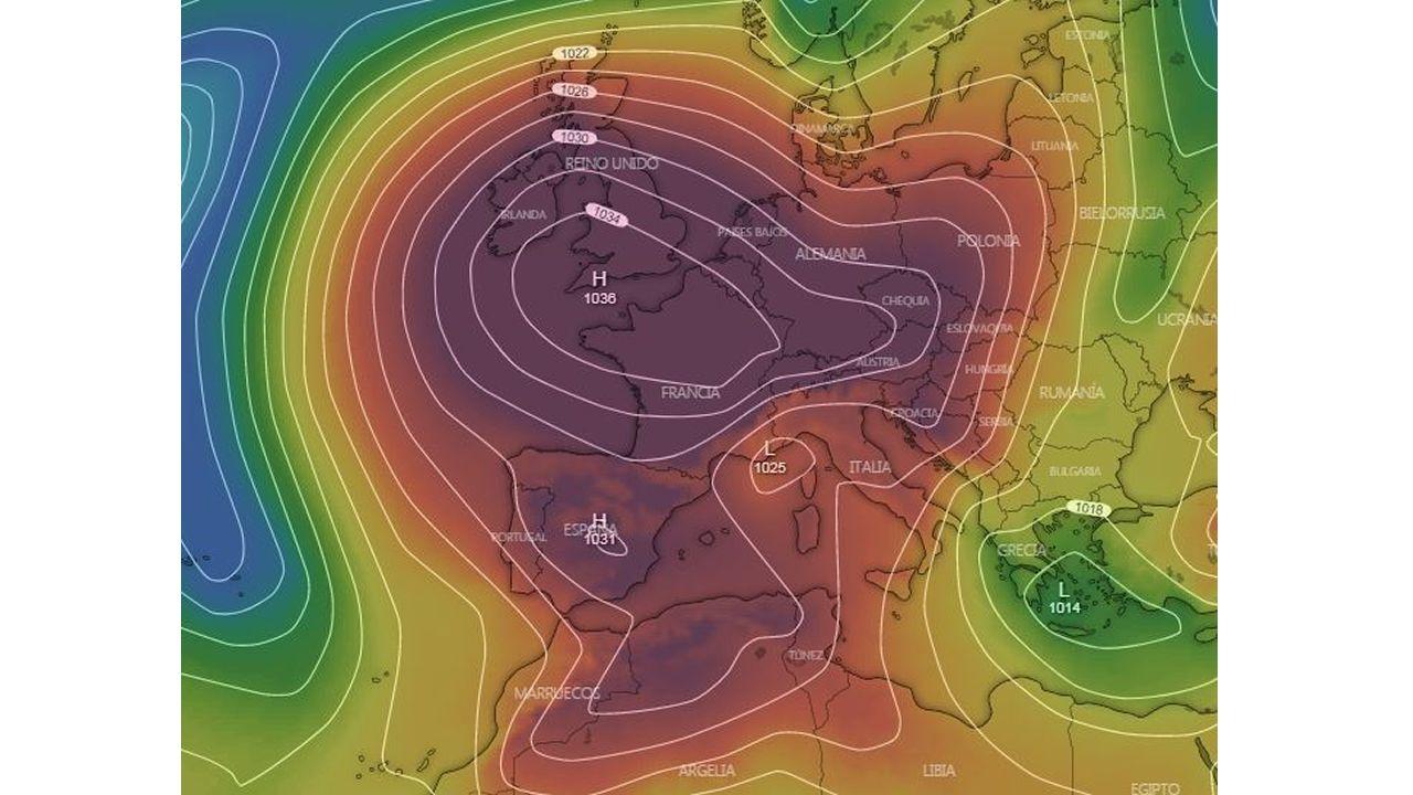 Mapa de presión para los próximos días con el anticiclón muy reforzado al norte de la península