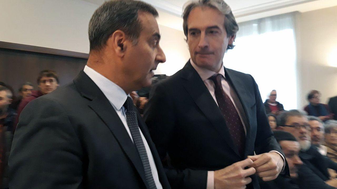 El consejero de Infraestructuras del Principado, Fernando Lastra, y el ministro de Fomento, Íñigo de la Serna.El consejero de Infraestructuras del Principado, Fernando Lastra, y el ministro de Fomento, Íñigo de la Serna