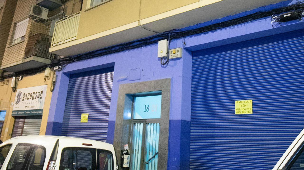 Así fueron las detenciones de los narcos de Pontevedra.Fachada del edificio donde estaba el domicilio, en Zaragoza, del empresario César Román