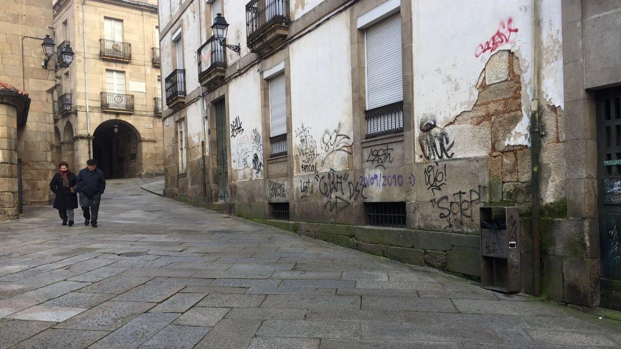 Pintadas encontradas en una calle de Ourense en enero de este año