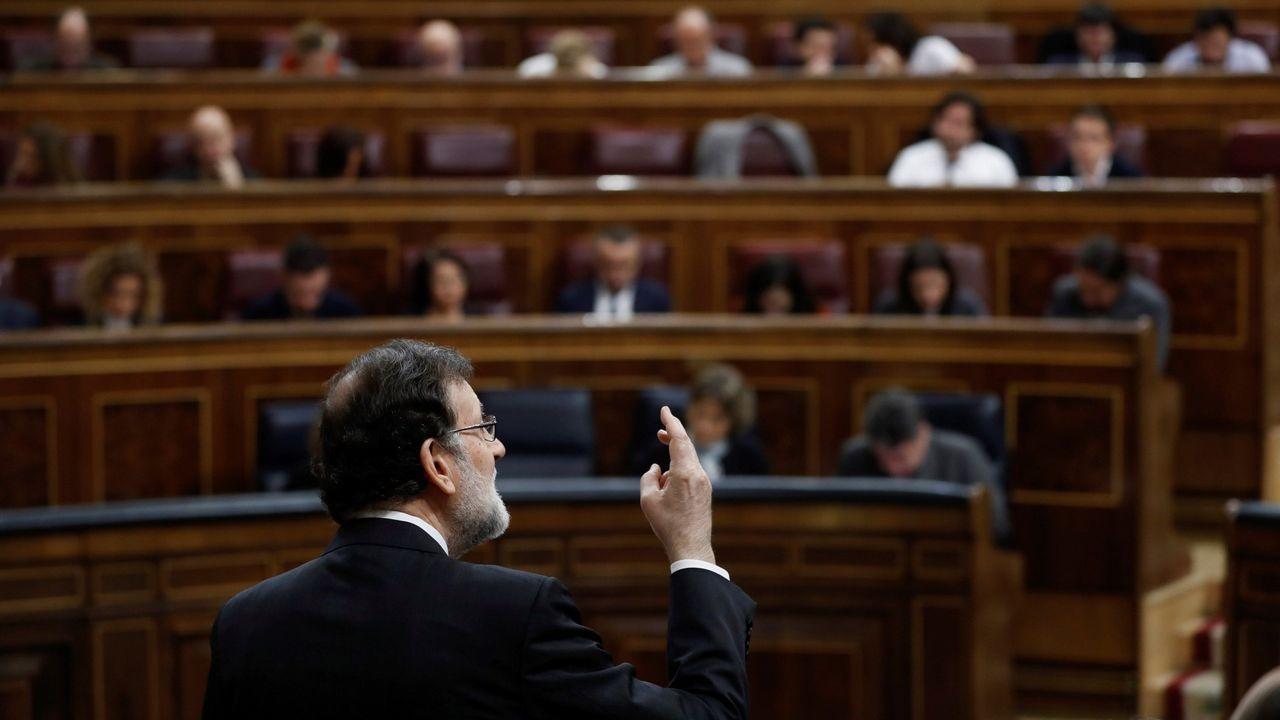Cristina Cifuentes: «No temo una moción de censura».Billetes de euro