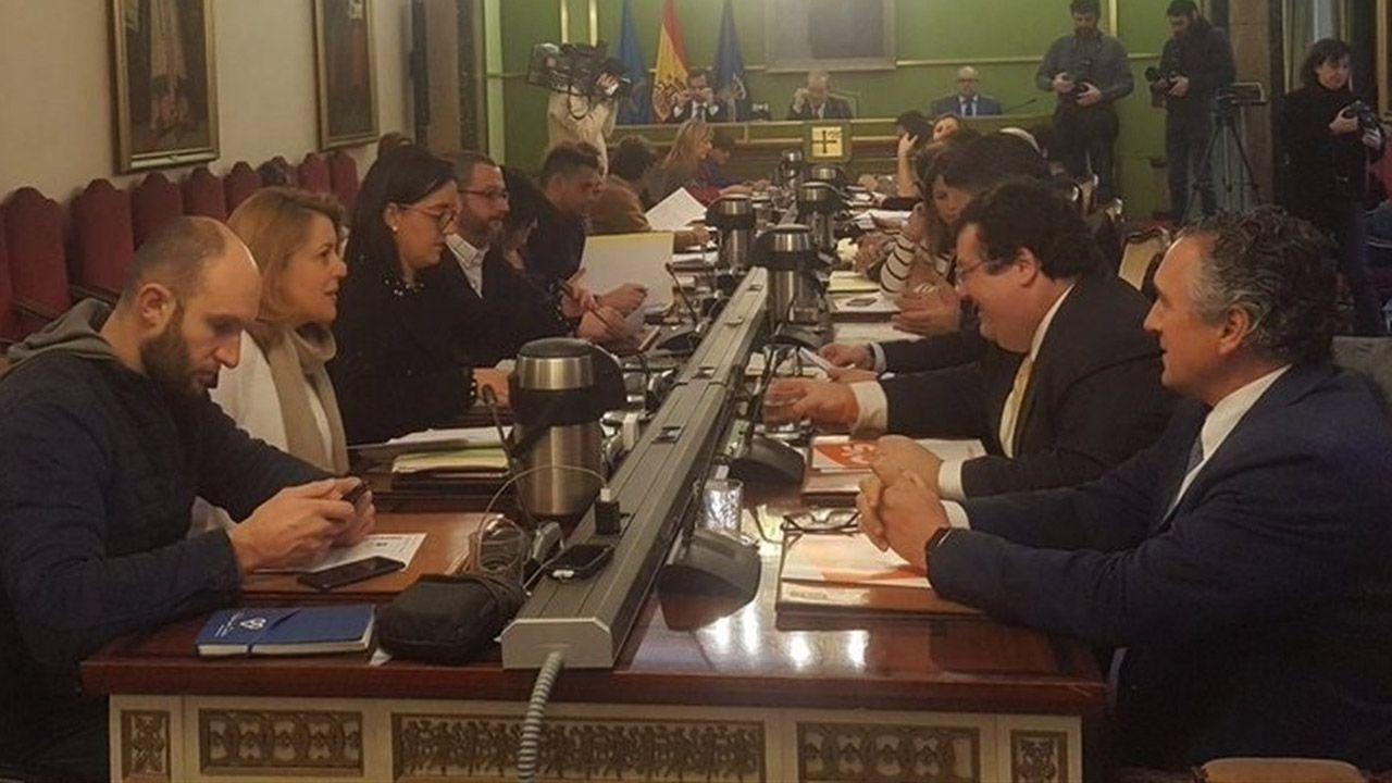 Villa Magdalena.Pleno del Ayuntamiento de Oviedo