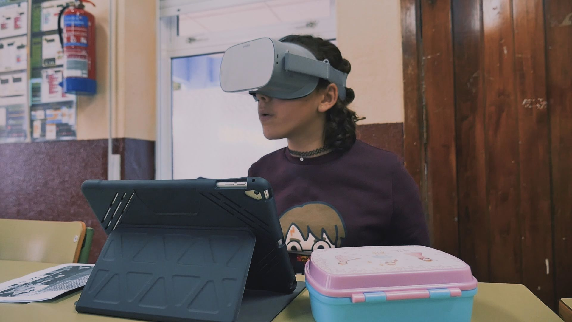 Cuentan con gafas de realidad virtual para acceder a entornos que los propios alumnos crean