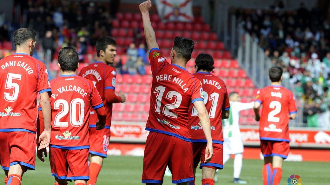 Pere Milla celebra un gol al Córdoba