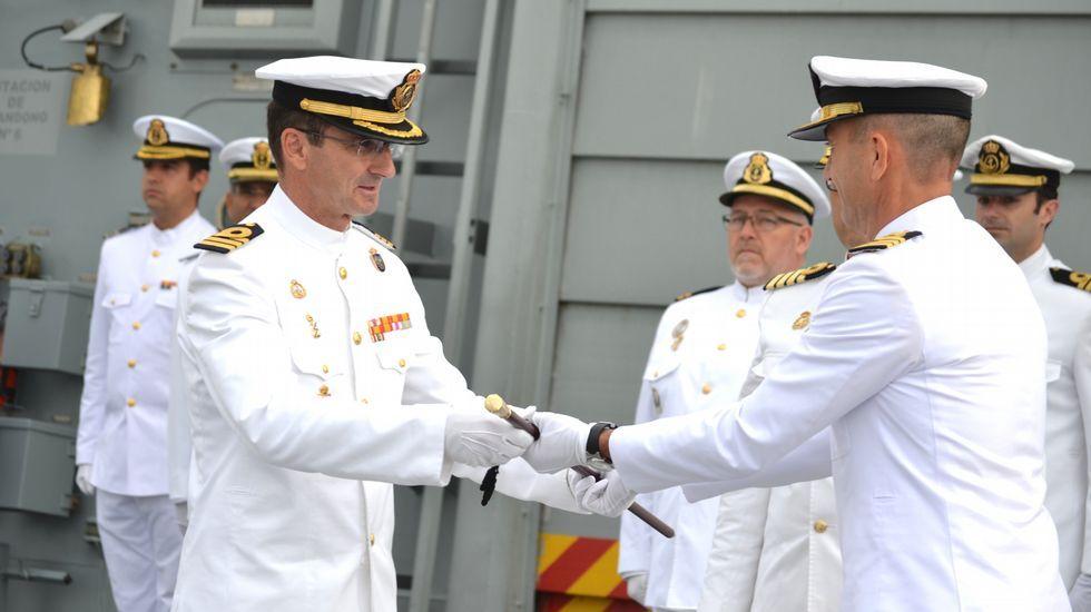 «Hasta nunca, Mas».El capitán de fragata Ignacio Cuartero recibiendo el mando