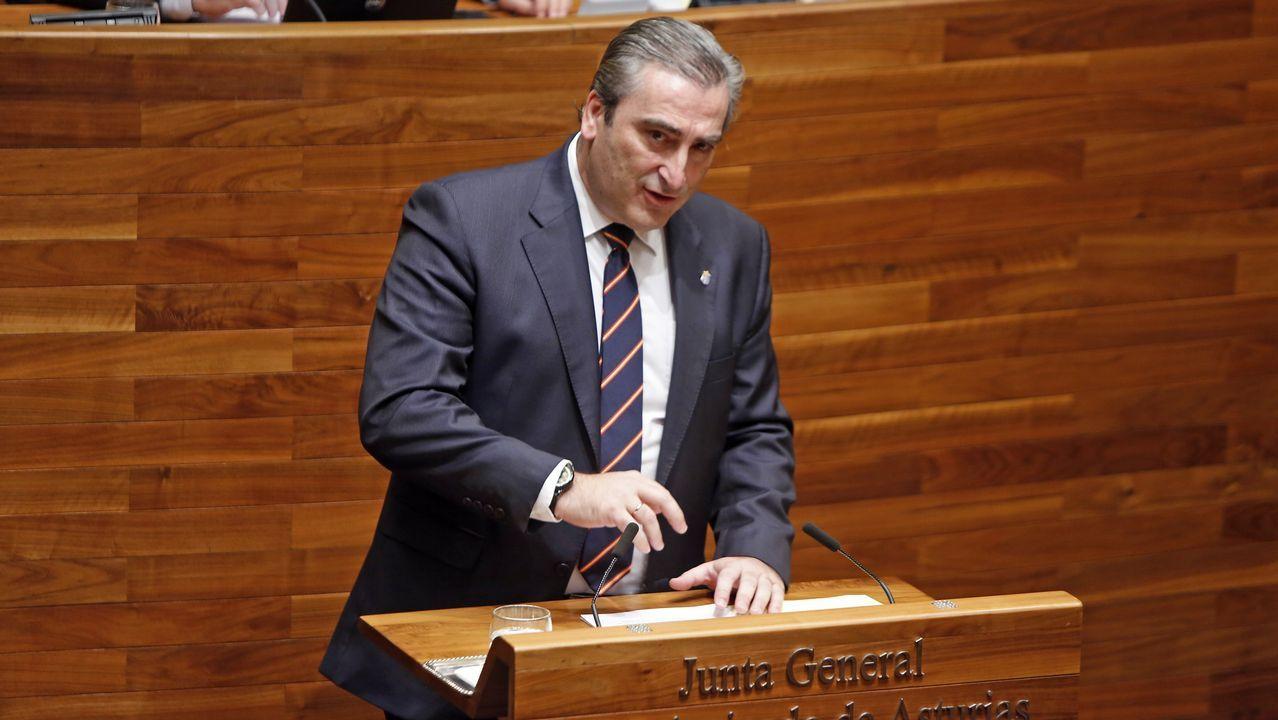 Oposiciones.El diputado del PP Carlos Suárez