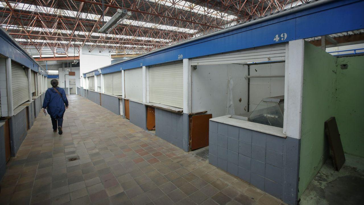 Desembarco de cruceristas en A Coruña.BASURA. HUELGA. CONTENEDORES