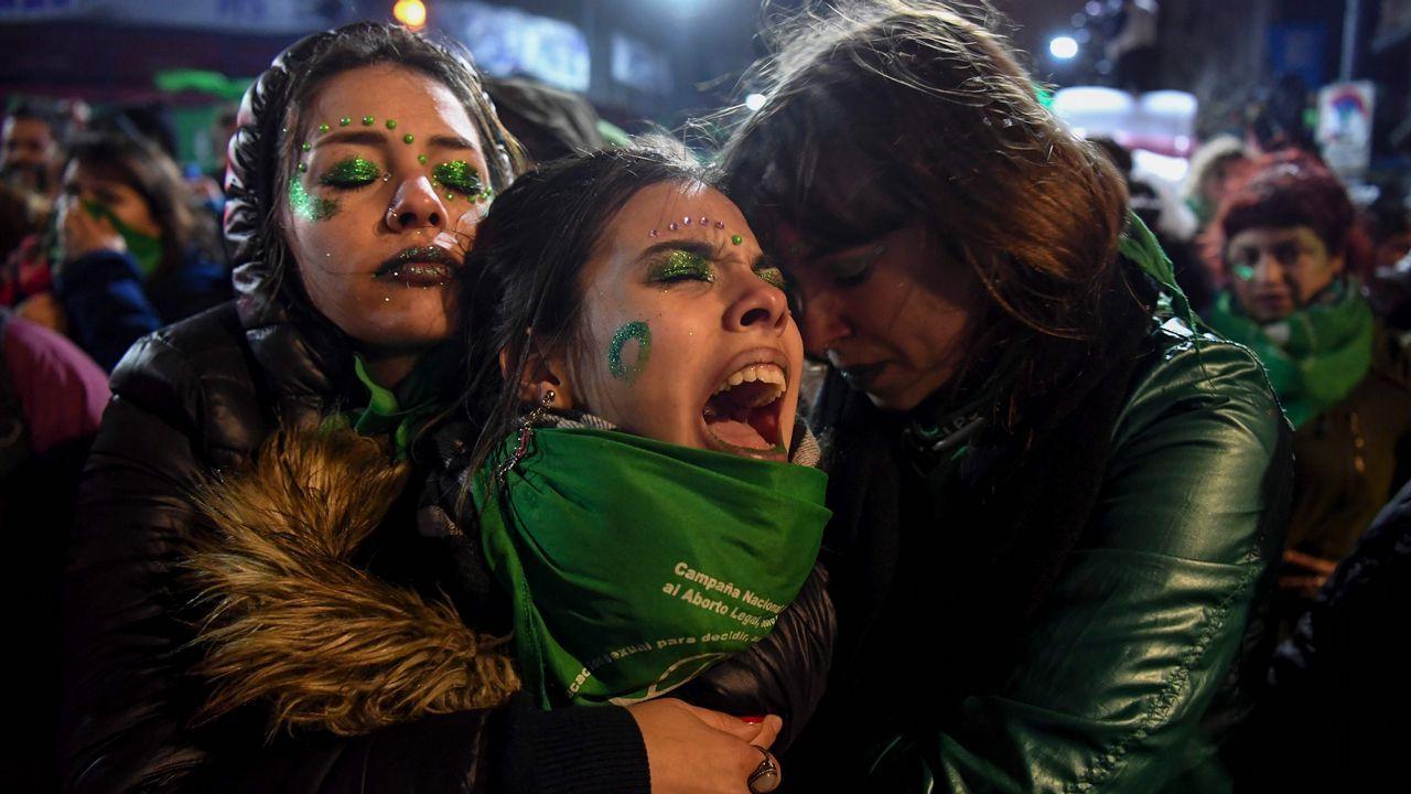 Las reacciones tras el «no» del Senado al aborto legal en Argentina.El líder de Podemos, durante la sesión de control al Gobierno celebrada el pasado 26 de septiembre