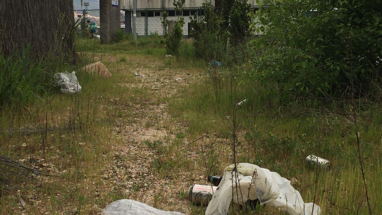 Sin agua en una aldea de Barro por las obras del tren que hace ocho años secaron sus pozos